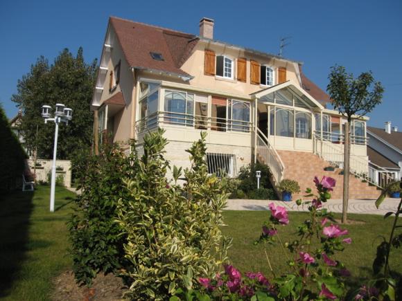 Villa SUZON