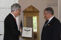 Monsieur le Maire élevé au Grade de Chevalier de 1ère classe de l'Ordre Royal Norvégien du Mérite par Sa Majesté HARALD V de Norvège