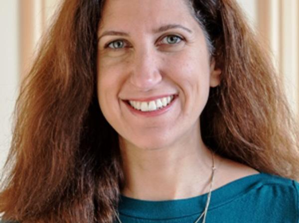 Madame Carla DELEPEE